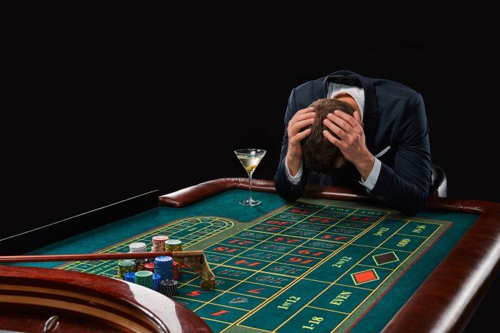 Play casino online win real money